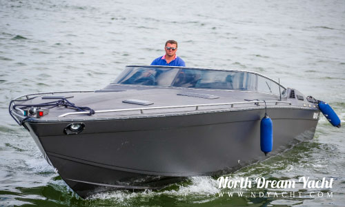 Formula-Powerboat-rent-Tallinn-Bay-Estonia-ND-Yacht