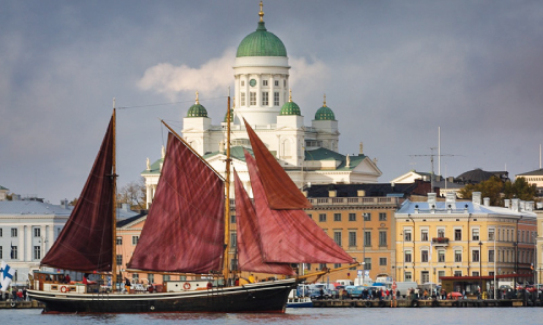 Sailing-in-Finland,-Helsinki-with-shooner.-Rent-boat-or-yacht.-Birthday,-Wedding,-Corporate-event--xs