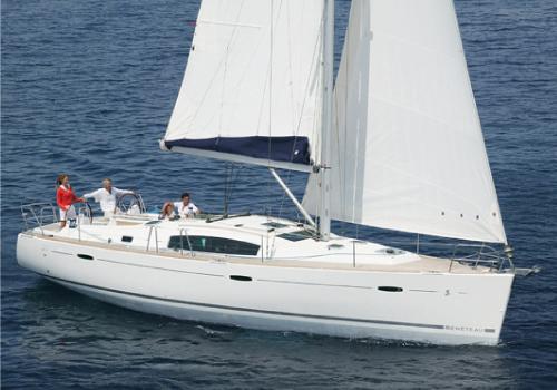 Rent-Beneteau-Oceanis-43-tallinn-yacht-rent-jahi-rent-