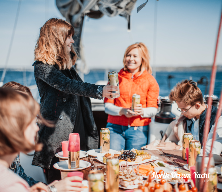 birthday-yacht-tallinn-sailing-what-to-do-catering